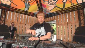 Sabores Mendoza invita al evento del DJ John Digweed | Peatonal del Vino, Mendoza - Domingo 22 Gratis - Música Electrónica